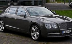 Новый седан Bentley Flying Spur W12 S